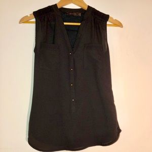 The Limited Button-up Tank